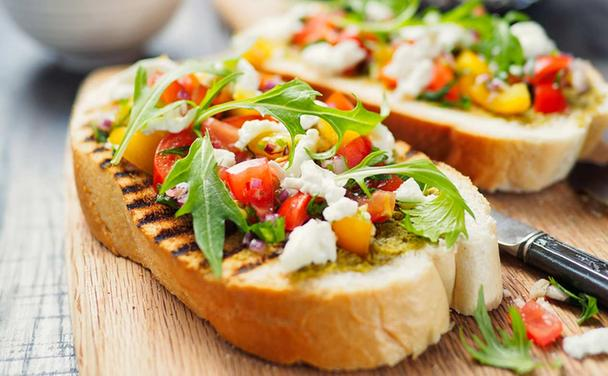 Grilled Bruschetta with Tomato & Basil